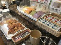 17_breakfast.jpg