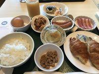 18_breakfast.jpg