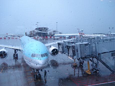 HKG_Rain_light.jpg